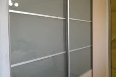 5b18150149961_shkaf-kupe bezhevyy matovoe steklo trehstvorchatyy (variant 2) satius70